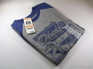 """Uncle Dino's Burger Shack & Diner"" - T-Shirt"